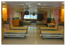 看大圖:高雅寧靜、寬闊明亮的病房(另開新視窗)