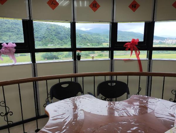 看大圖:餐廳提供寬廣視野(另開新視窗)